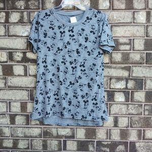 NWT disney Mickey and Minnie Mouse tee size L